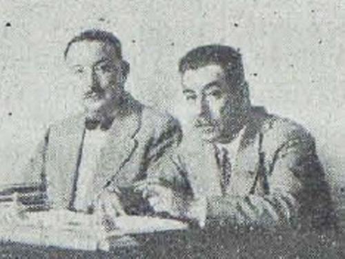 José Sánchez Pozuelos, teniente de alcalde (a la izquierda) despachando en el Ayuntamiento de Murcia con el alcalde, Marqués de Ordoño.  8 septiembre 1929